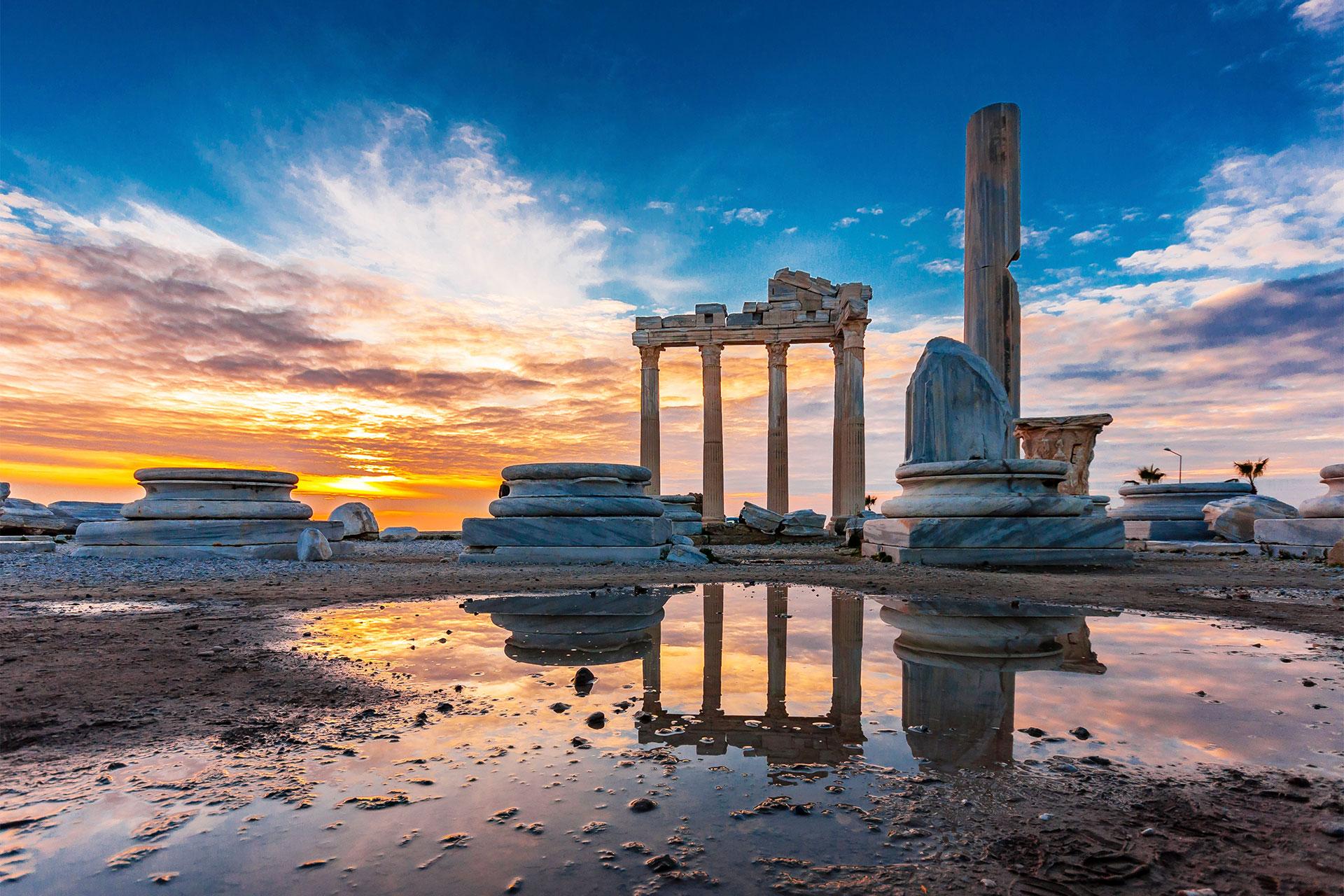 Lara Barut Collection Antalya