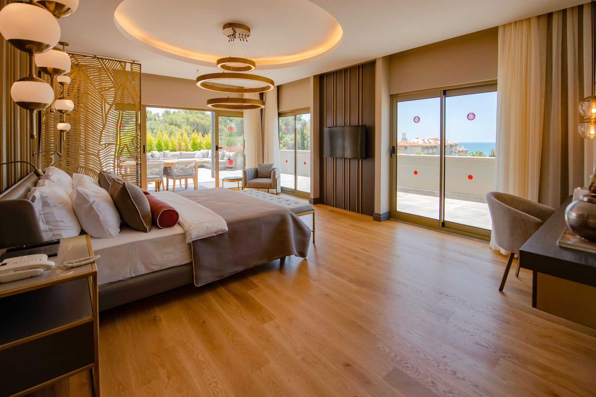 /images/barut-hemera/rooms/patara-suit/patara_1.jpg